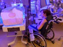 Ik-in-rolstoel-kijken-bij-Josephien
